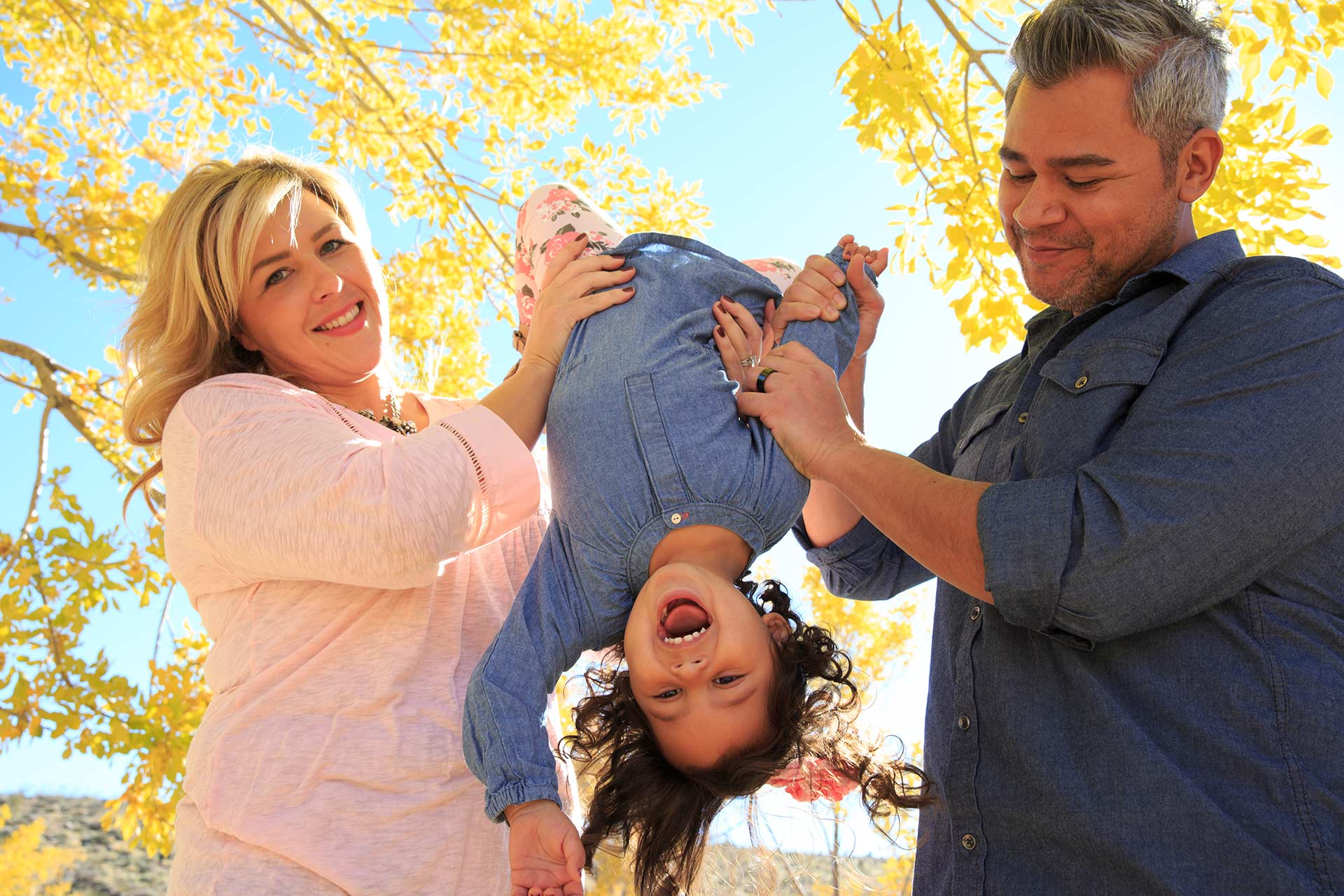 Las Vegas Family Photographers At Calico Basin