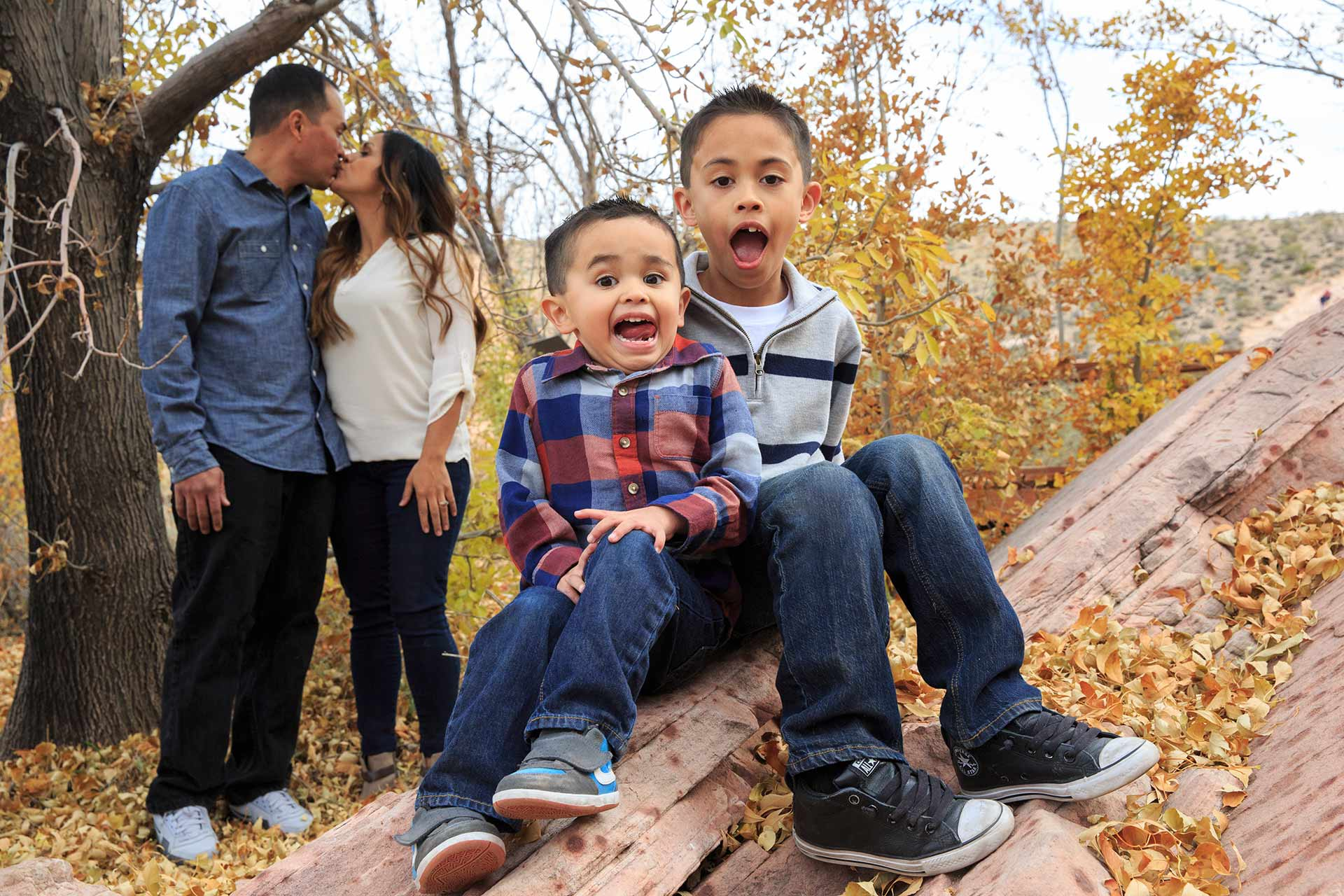 Family Photography At Calico Basin Las Vegas