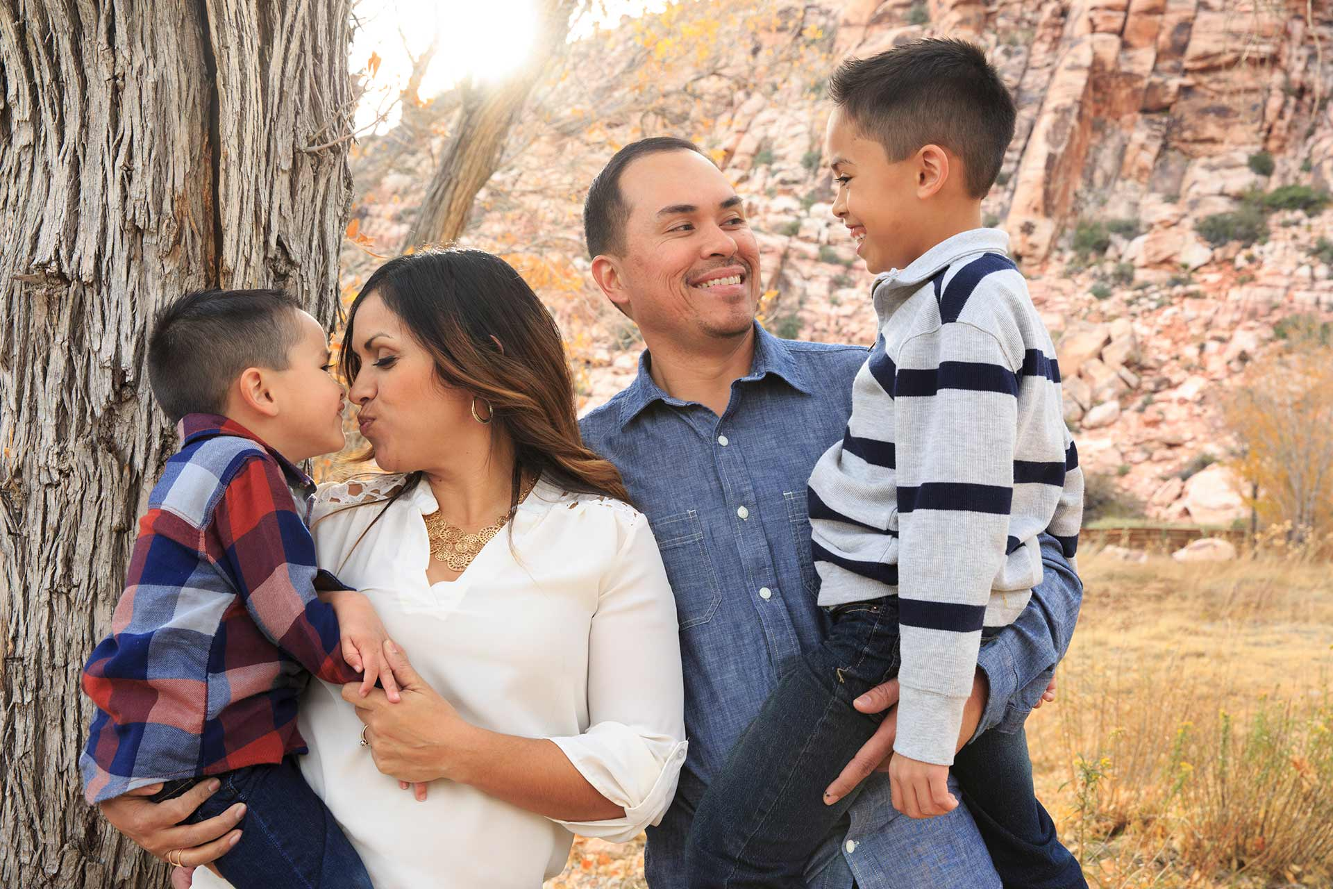 Las Vegas Family Photography At Calico Basin
